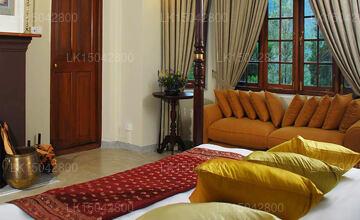 Glenoch Room