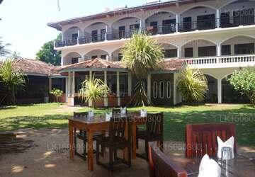 Sri Gemunu Beach Resort, Unawatuna