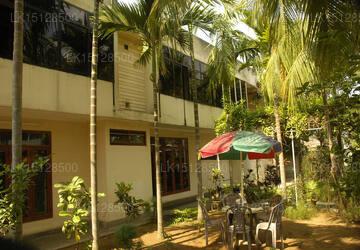 Lux Etoiles, Jaffna