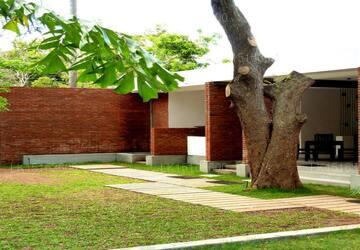 Hotel Alakamanda, Anuradhapura