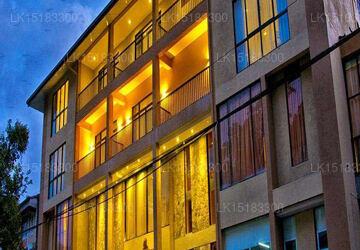 Oak Ray Regency, Kandy