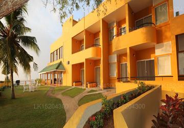 Fishermans Bay, Weligama