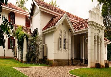 Maniumpathy Hotel, Colombo