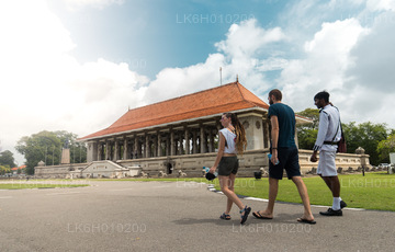 Colombo City Walk with a Local