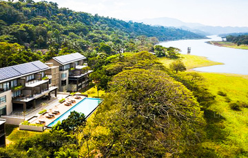 Stay in Kandy